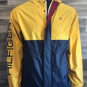 Tommy Hilfiger Spell Out Windbreaker NWT